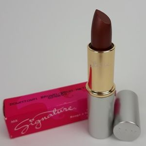 Mary Kay Signature Creme Lipstick  DOWNTOWN BROWN